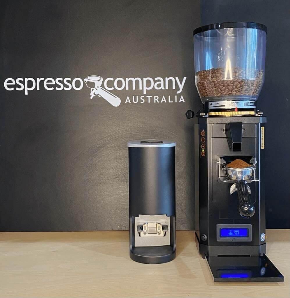 automatic espresso tamper